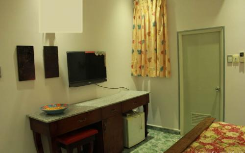 Expat room for rent 11