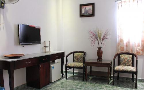 Expat room for rent 12